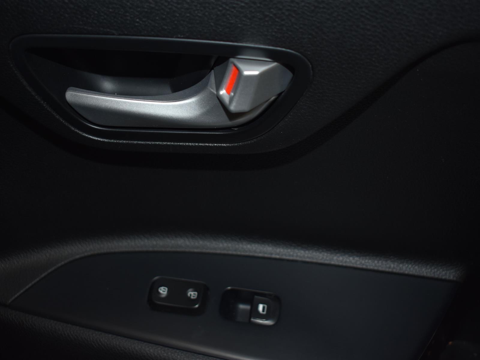 2018 Kia Rio5 EX *AUT0 * Sunroof * HTD Seats * Back UP CAM