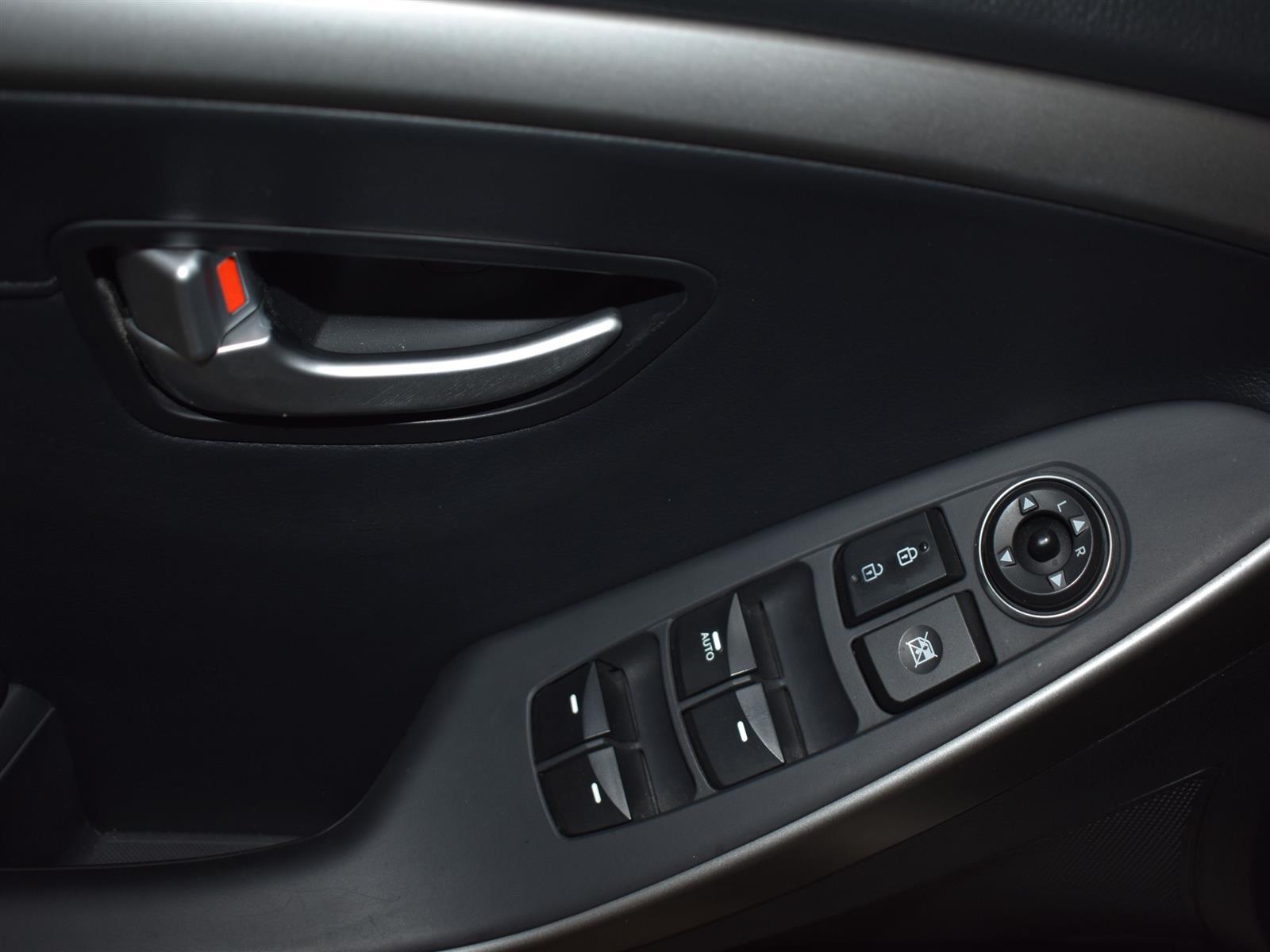 2013 Hyundai Elantra GT SE W/TECH PKG *AUT0*LEATHER*MOONROOF*
