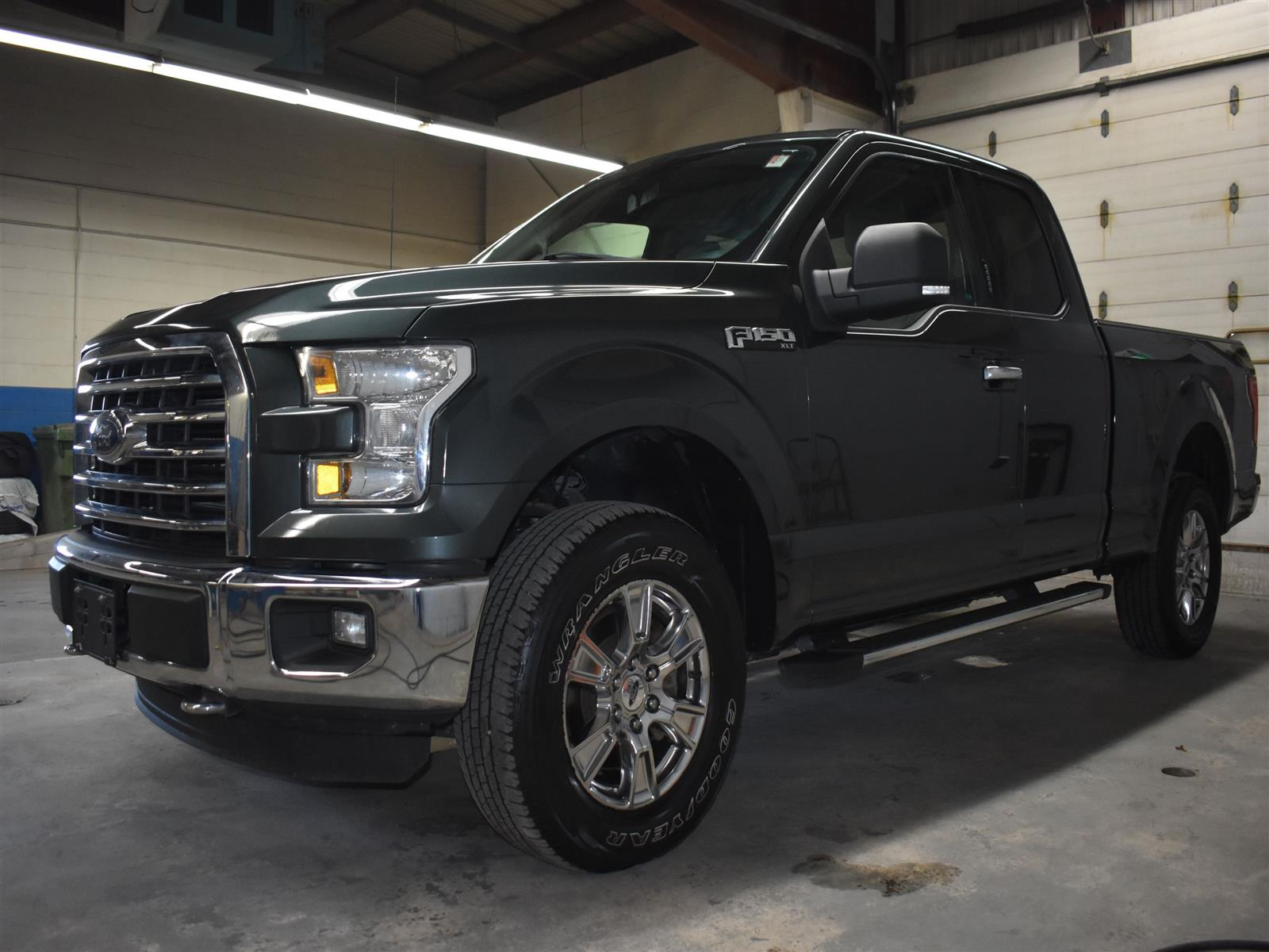 2015 Ford F-150 4X4 SUPERCAB - 145