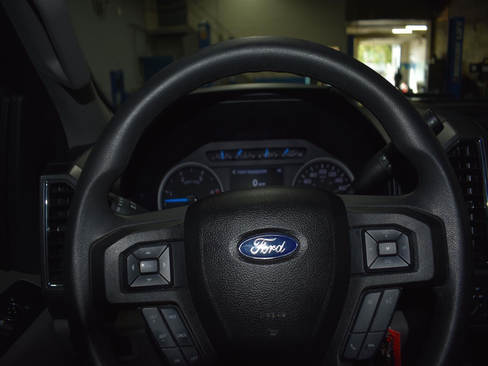 2017 Ford F-250 XLT *DIESEL LOW KMS * BACK UP CAMERA *