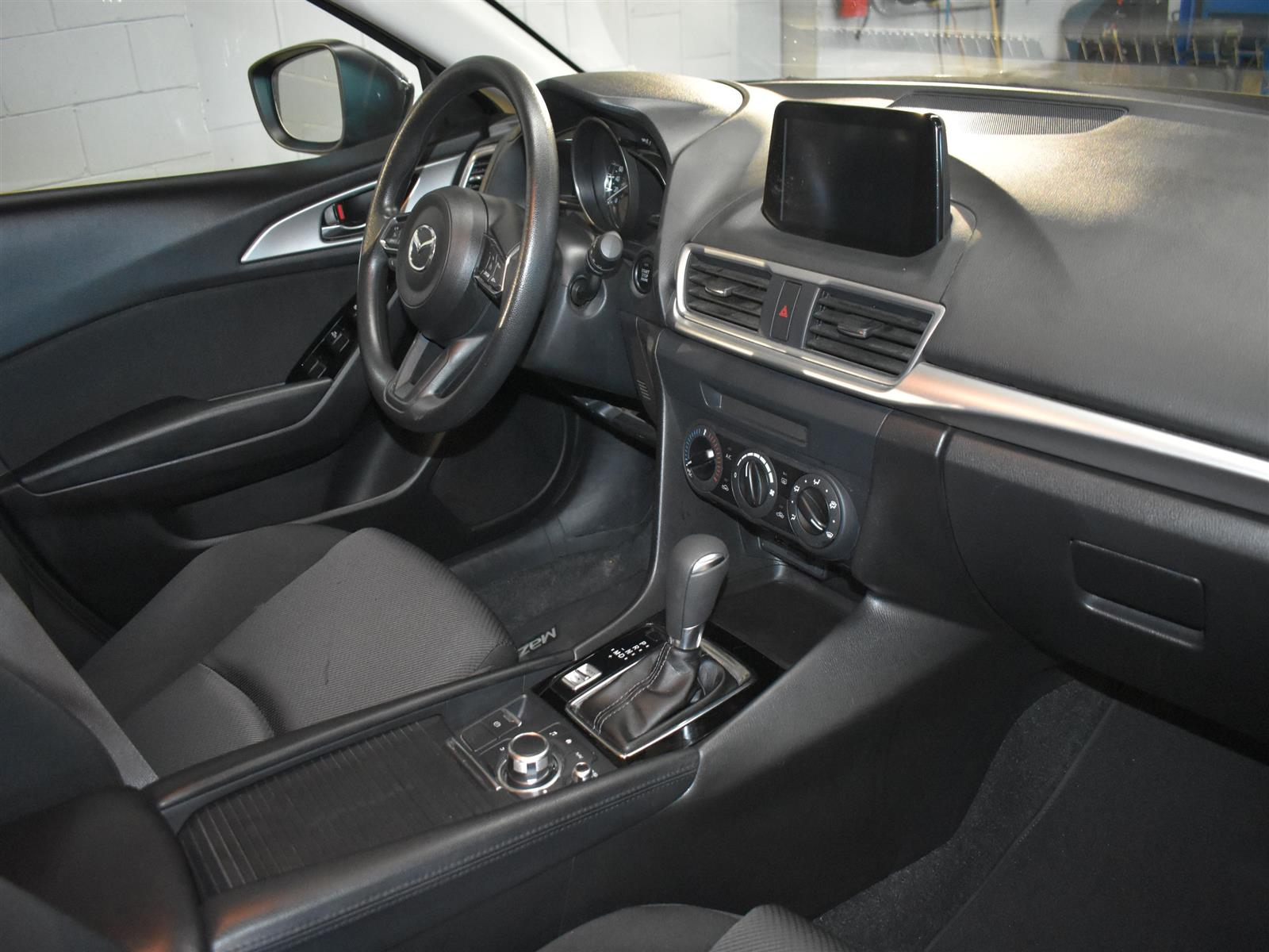 2017 Mazda Mazda3 GX
