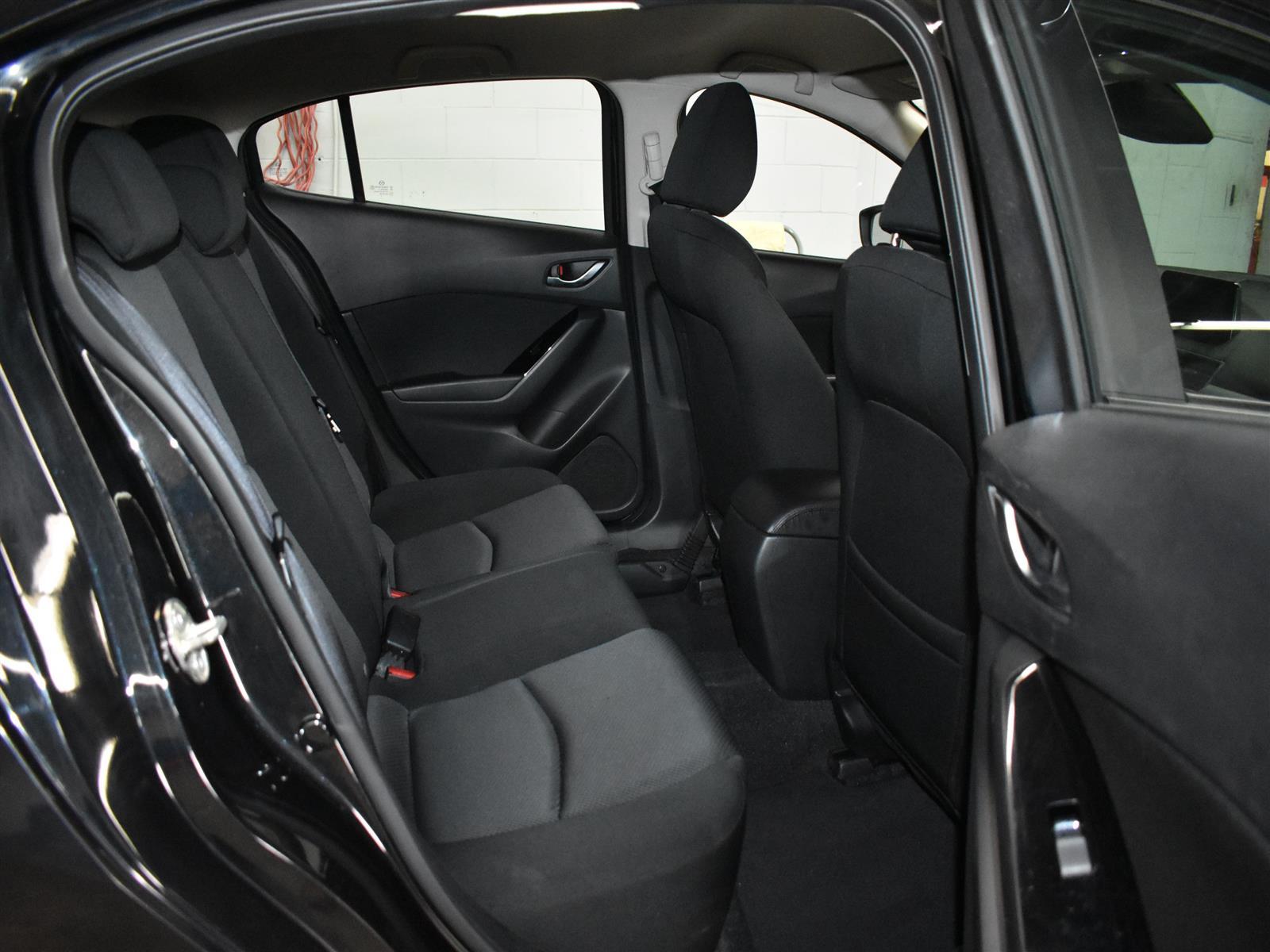 2018 Mazda Mazda3 Sport GX