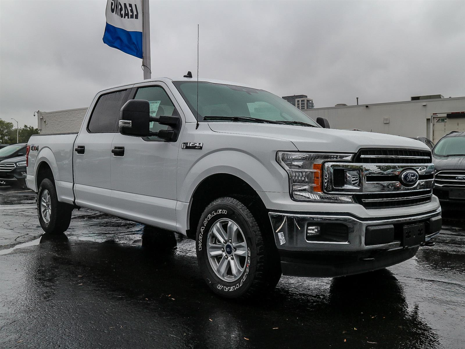 Leggat Discovery Ford | 2019 Ford F-150 XLT Oxford White ...