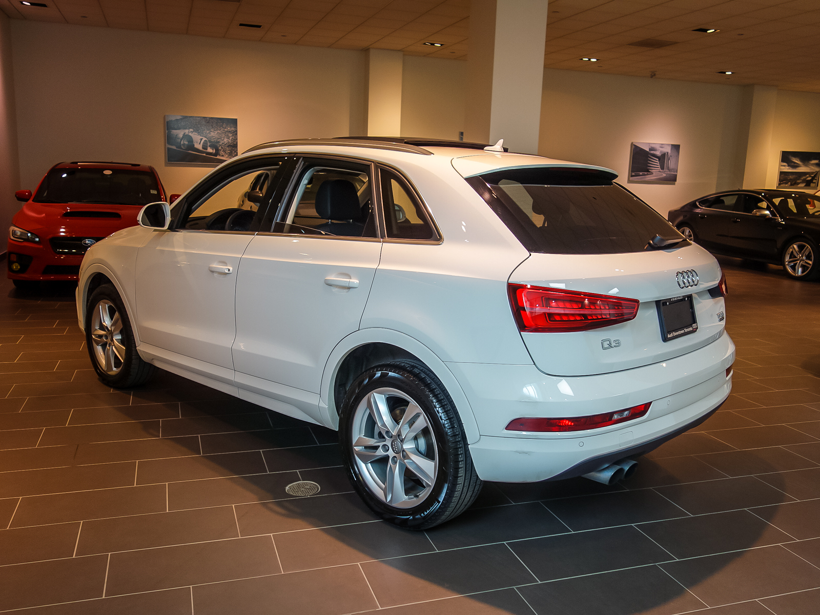 audi canada certified pre owned vehicle details 2016 audi q3 at audi downtown toronto. Black Bedroom Furniture Sets. Home Design Ideas