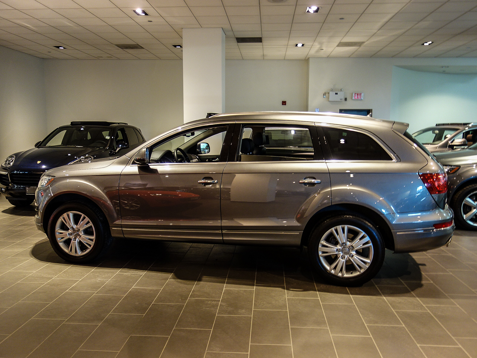 audi canada certified pre owned vehicle details 2013 audi q7 at audi downtown toronto. Black Bedroom Furniture Sets. Home Design Ideas