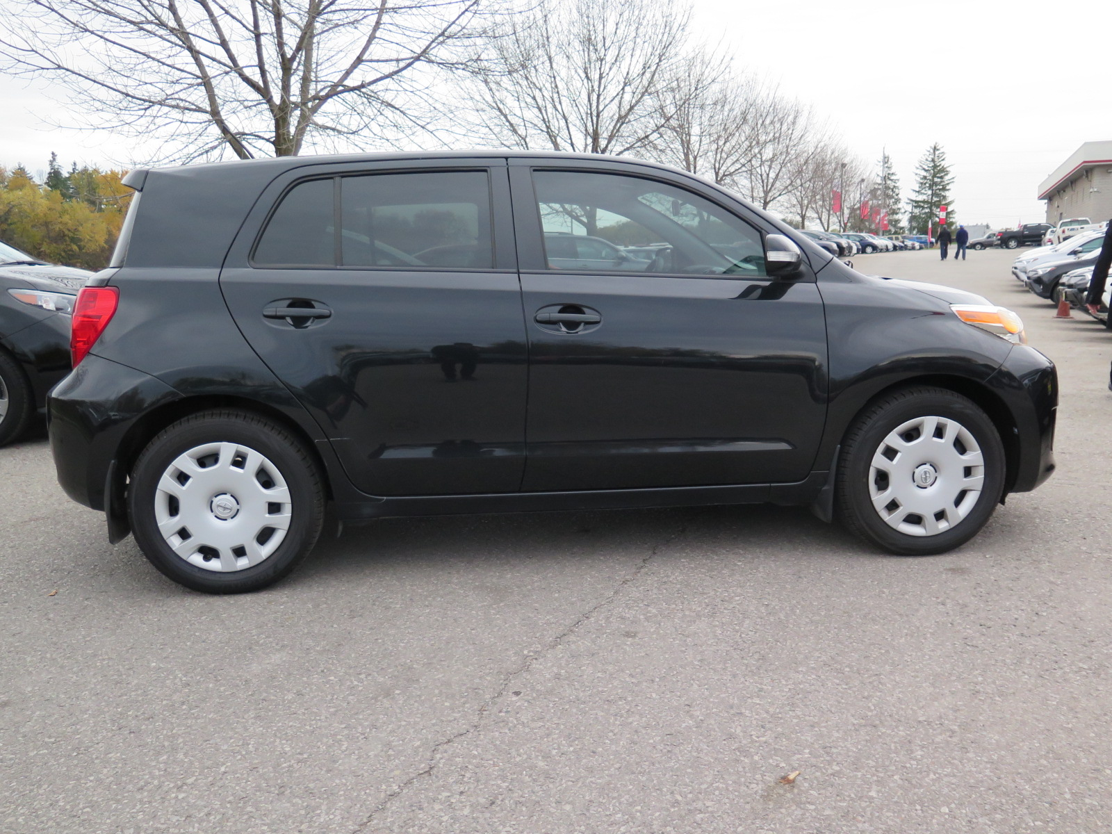 new and used scion xd prices photos reviews specs html autos weblog. Black Bedroom Furniture Sets. Home Design Ideas
