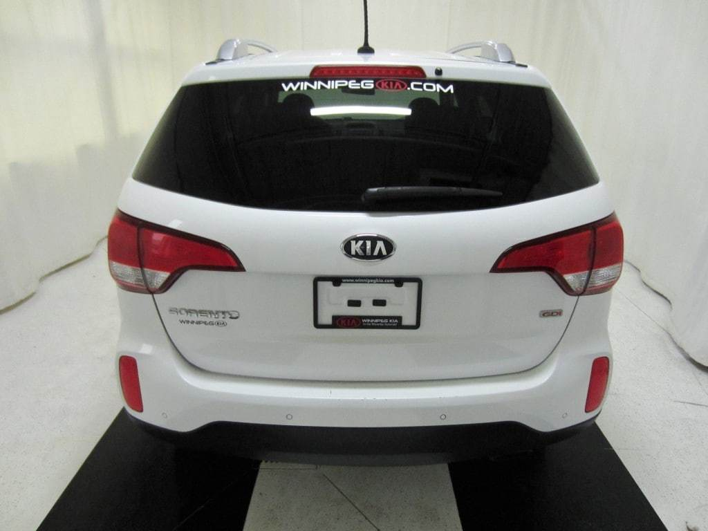 used 2015 Kia Sorento car, priced at $15,899