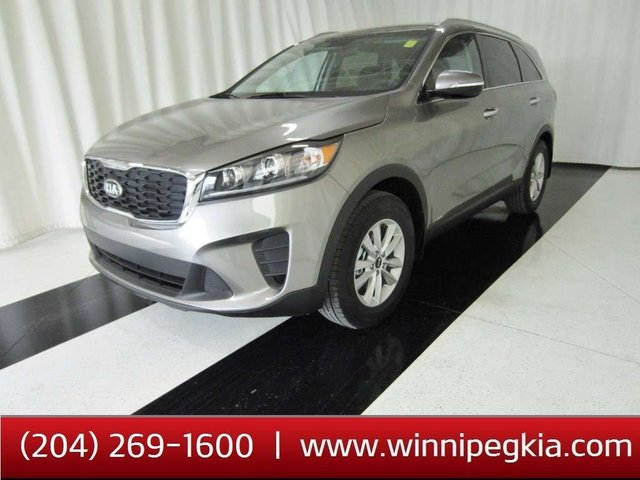 used 2019 Kia Sorento car, priced at $33,429