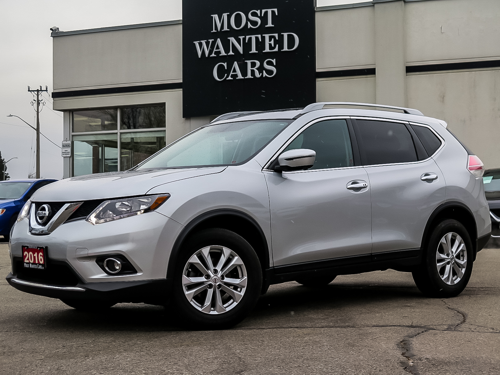 used 2016 Nissan Rogue car, priced at $16,492
