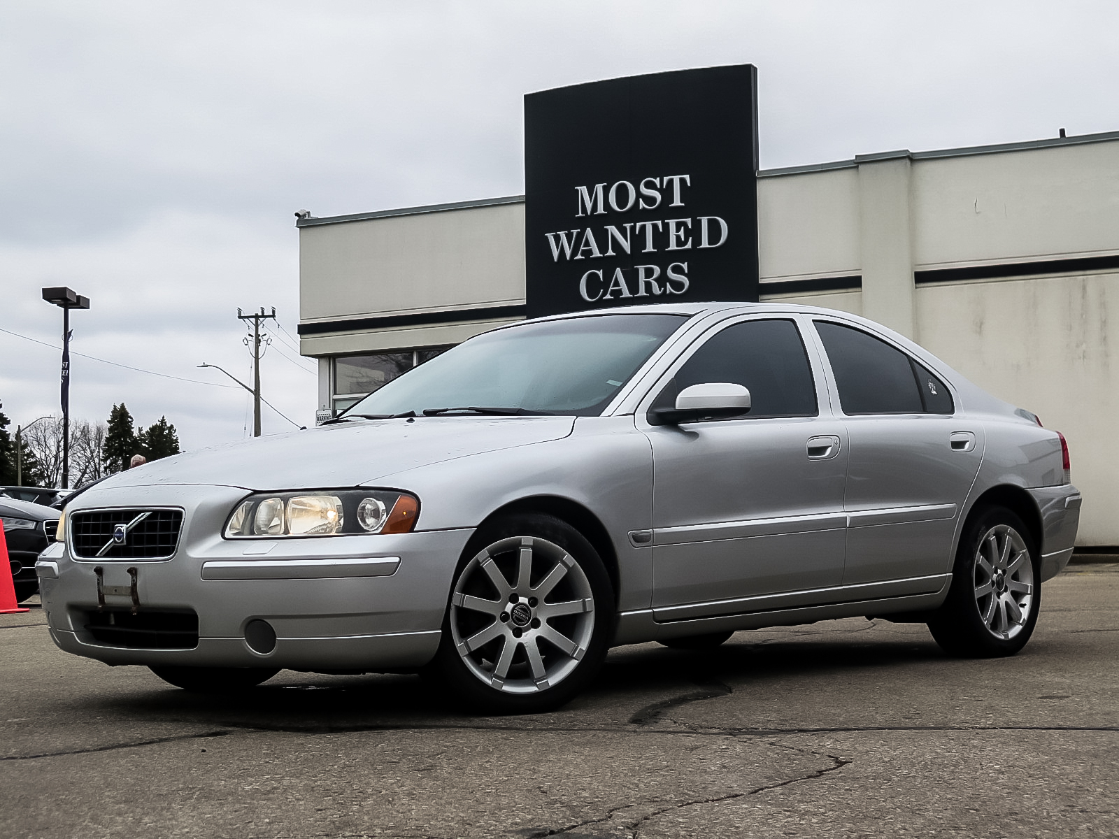 used 2006 Volvo S60 car, priced at $2,495